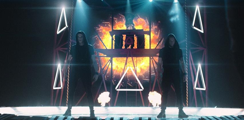 Кадр из фильма «Танцы насмерть»