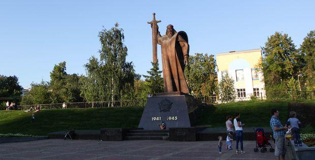 Площадь Обороны. Фото с сайта gorodskoyportal.ru