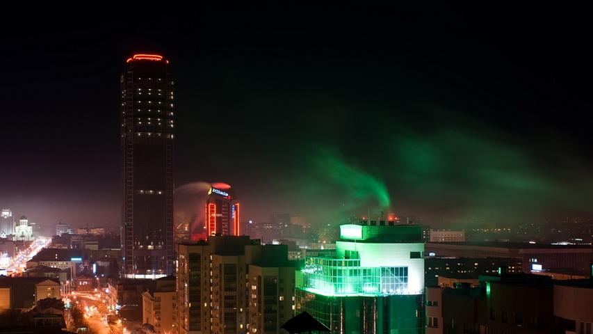 Ночной Екатеринбург. Фото с сайта pikabu.ru