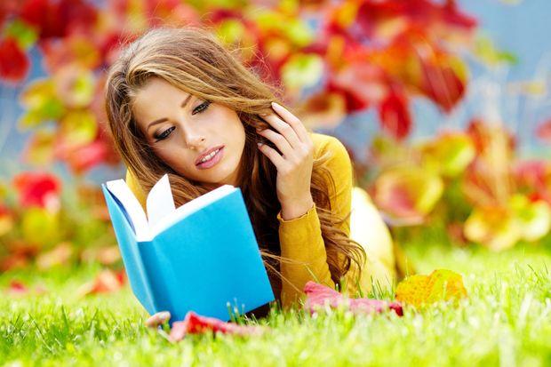Чтение. Фото с сайта zastavki.com