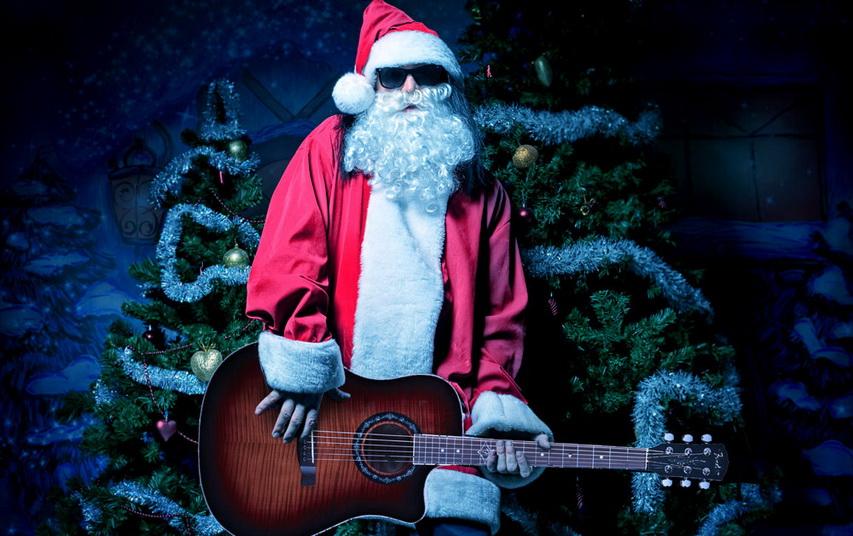Санта-Клаус рокер. Фото с сайта 123RF.com