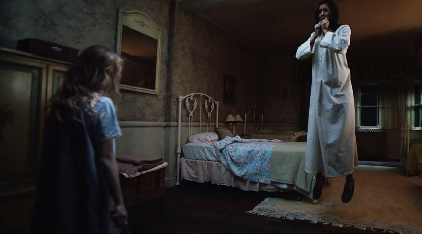 Кадр из фильма «Проклятие Аннабель: Зарождение зла»