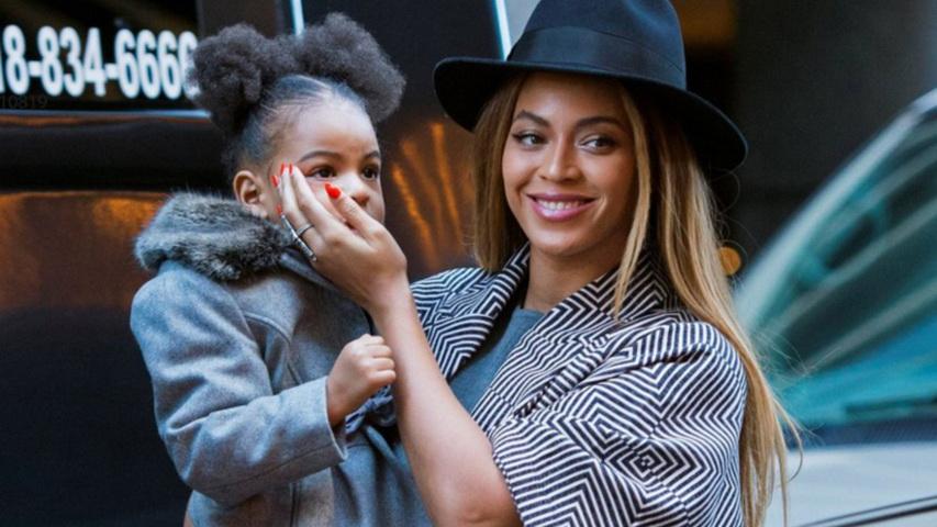 Бейонсе с дочкой. Фото с сайта Woman.ua