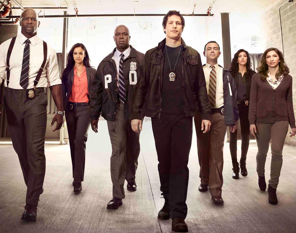 Смотреть Бруклин 9-9 Brooklyn Nine-Nine сериал онлайн
