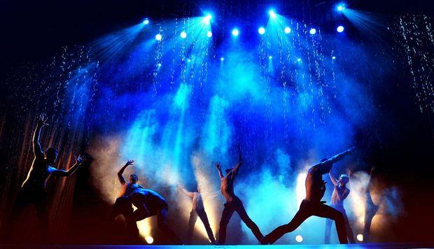 Шоу. Фото с сайта bilet18.ru