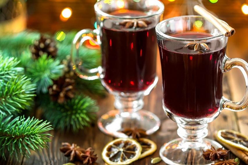 Рождественский глинтвейн. Фото с сайта bagiraclub.ru