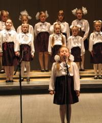 Детский хор. Фото с сайта bdkh.ru