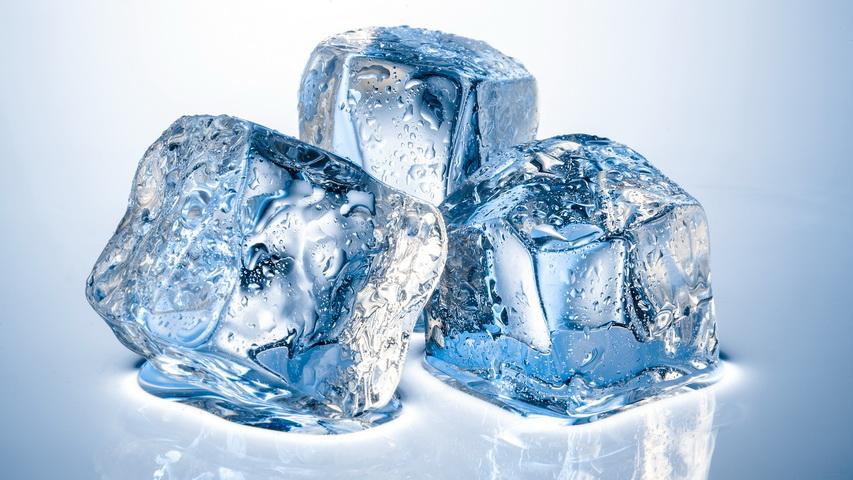 Кубики льда. Изображение с сайта howfacecare.com