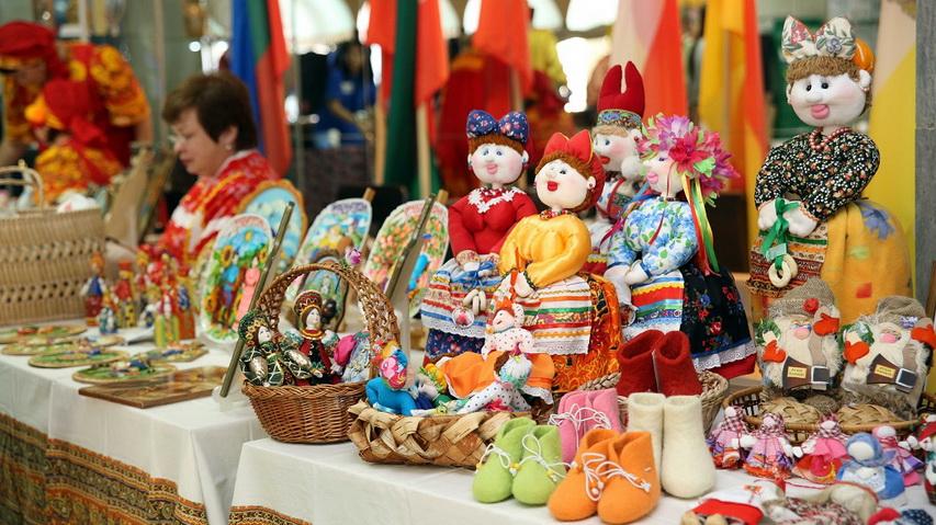 Выставка народных промыслов. Фото с сайта sochi.scapp.ru