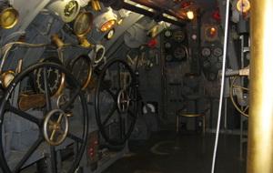 Пустая рубка подводной лодки. Фото (С) Weburg.net