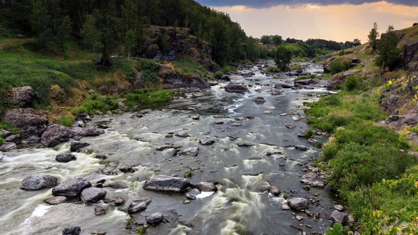 Река Исеть, порог Ревун. Фото с сайта lookrus.com