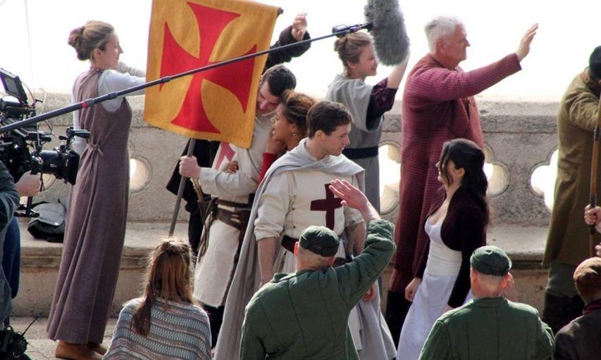 На съемках фильма «Робин Гуд: Начало». Фото с сайта puliwood.hu