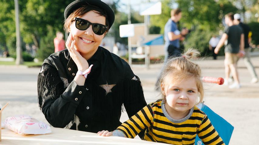 Ольга Шелест с дочерью Музой. Фото с сайта Glamour.ru