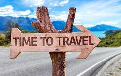 Табличка «Время путешествовать». Изображение с сайта onetwotrip.com