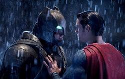 Кадр из фильма «Бэтмен против супермена на заре справедливости»