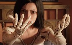 Кадр из фильма «Алита: боевой ангел»