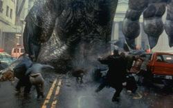 Кадр из фильма «Годзилла» 1998 года