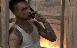 Кадр из клипа Maroon 5 — «Payphone»