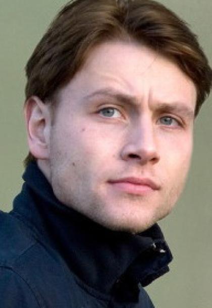 Макс Римельт (Max Riemelt), биография, фото, видео ...: http://weburg.net/persons/11811