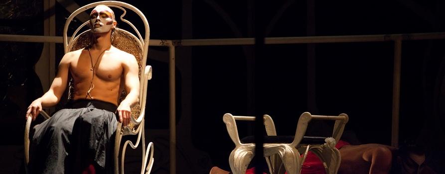 Фото с сайта teatrviktuka.ru