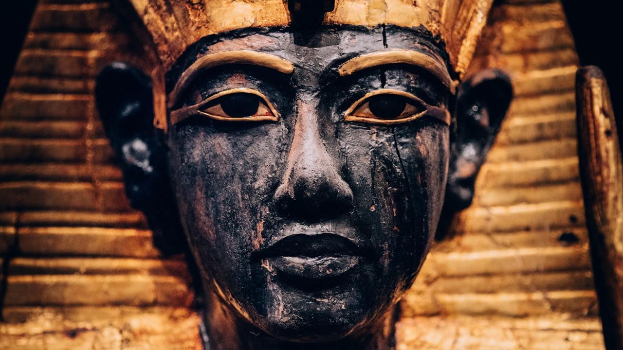 Фото мумии Тутанхамона с сайта eurodigest.ru