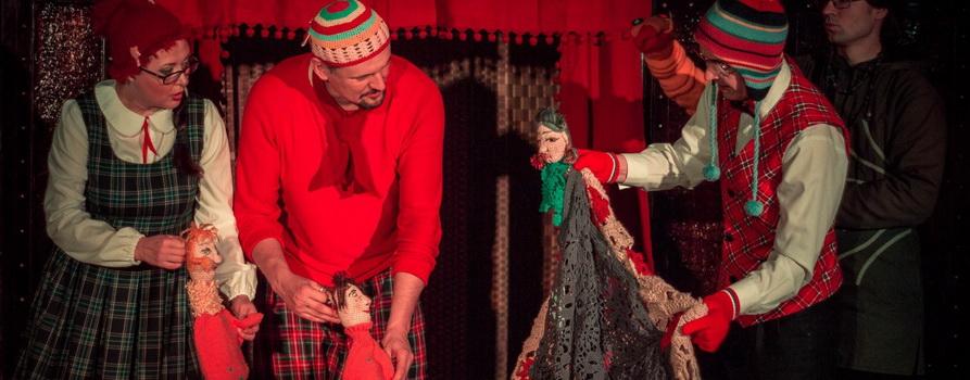 Фото со спектакля Про варежку Варю предоставлено организаторами
