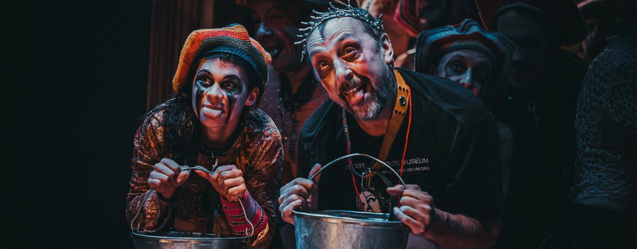 Фото со спектакля Гамлет предоставлено организаторами