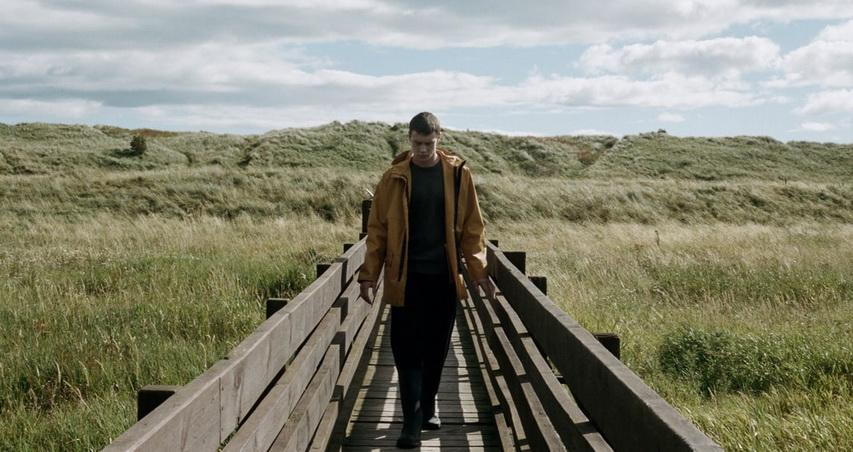 Кадр из фильма «За тех, кто в море»