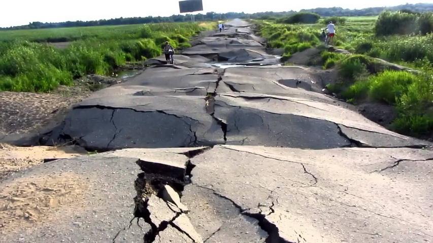 Плохие дороги. Фото с сайта vladtime.ru
