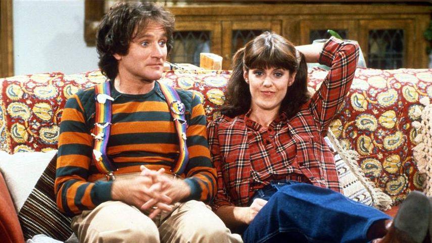 Кадр из сериала «Морк и Минди»