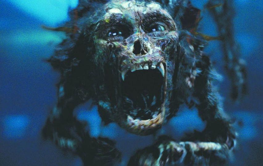 Кадр из фильма «Пираты Карибского моря. Проклятие Черной жемчужины»