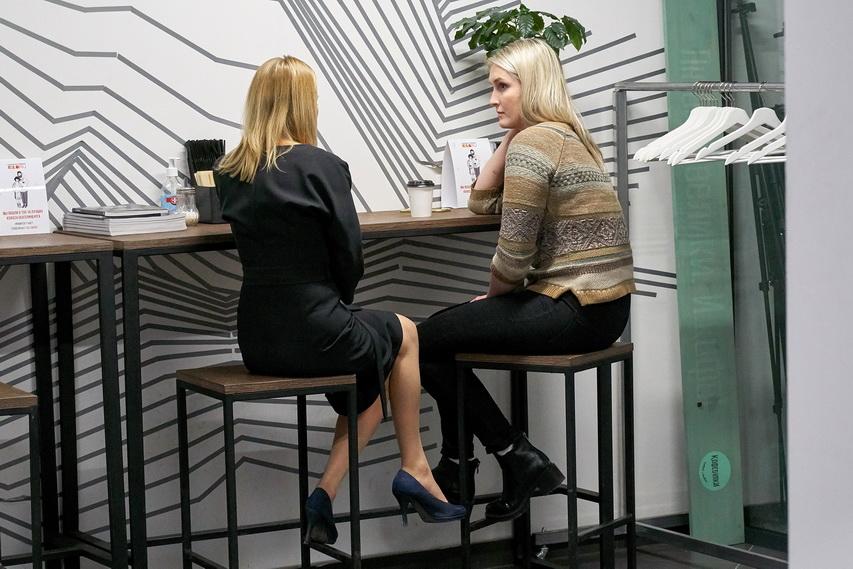 При желании до 50% работников холдинга могут решать свои задачи удаленно.