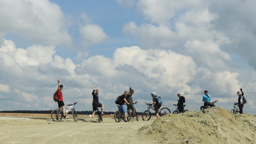 Любителей кататься на велосипедах в холдинге хоть отбавляй. Фото Weburg