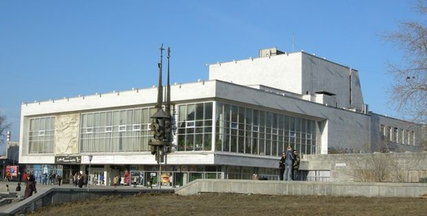 Театр юного зрителя. Фото с сайта trassa.narod.ru