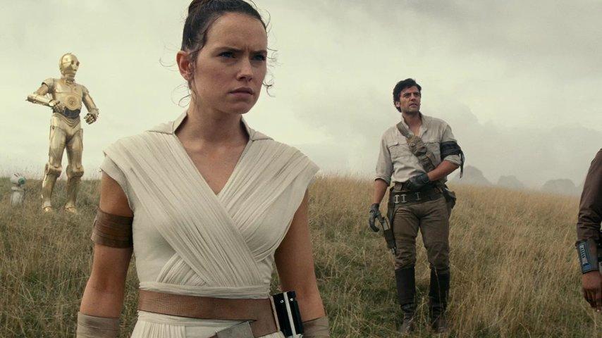 Кадр из фильма «Звездные войны 9»