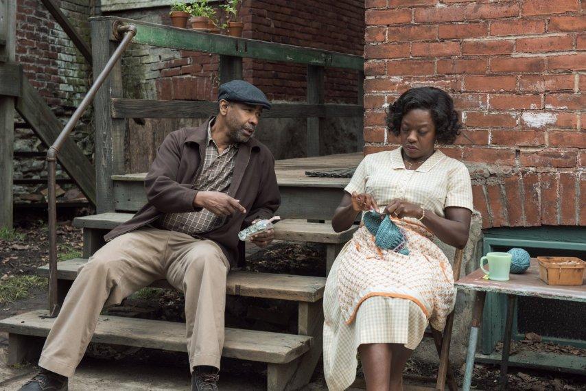 Кадр из фильма «Ограды»
