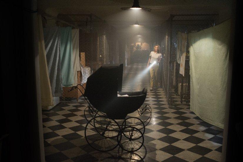 Кадр из фильма «Проклятие Аннабель»