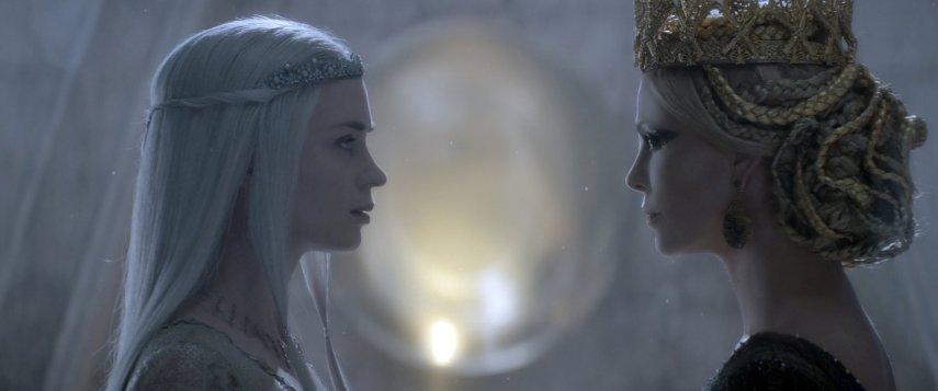 Кадр из фильма «Белоснежка и охотник »