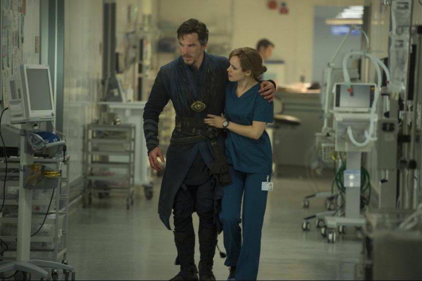 Кадр из фильма «Доктор Стрэндж»