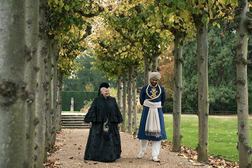 Кадр из фильма «Виктория и Абдул»