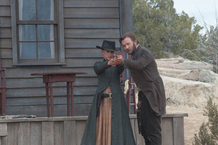 Кадр из фильма «Джейн берет ружье»
