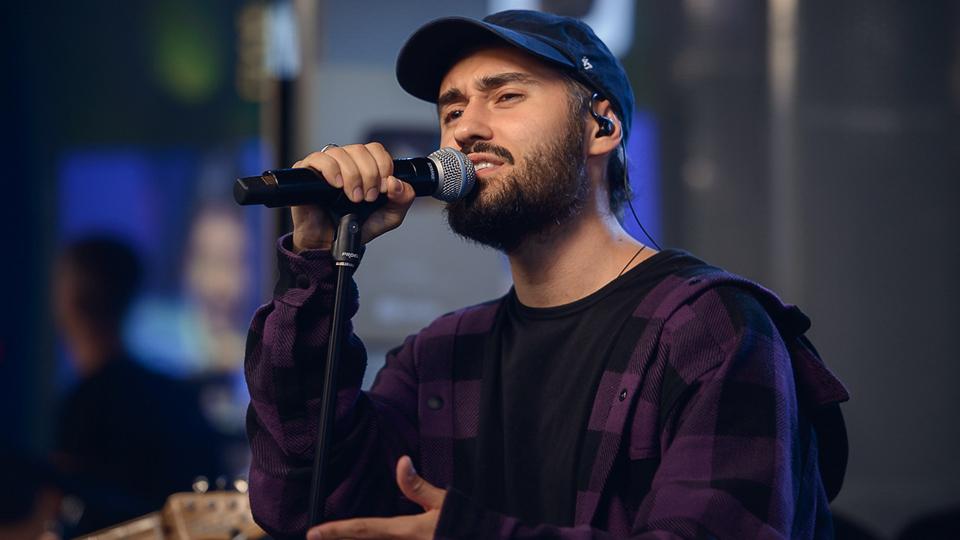 Афиша - концерты в Екатеринбурге, весна 2021: Мот. Фото с сайта avtoradio.ru