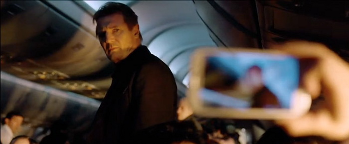 Кадр из фильма «Воздушный маршал»