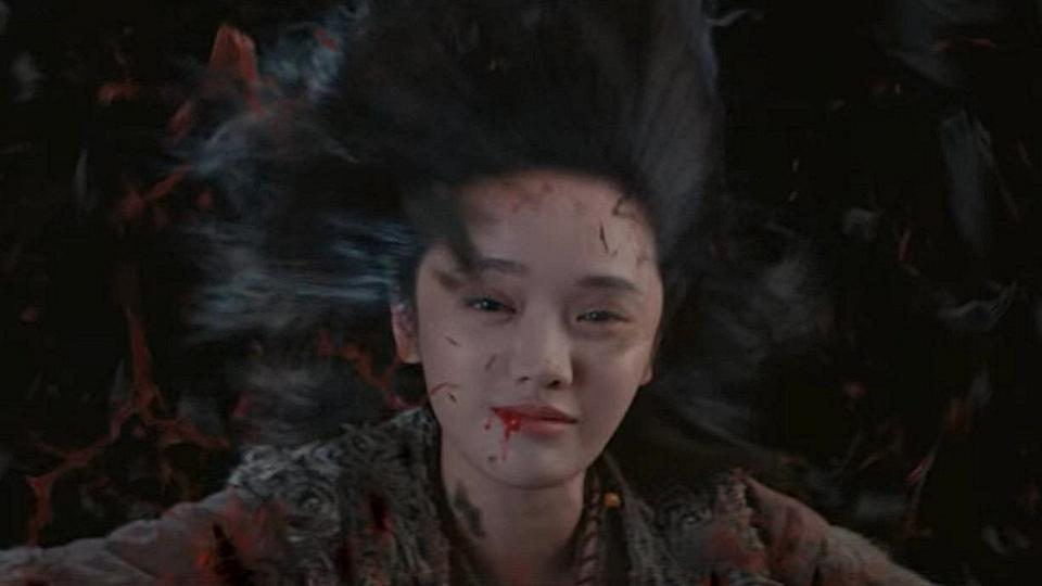Кадр из фильма Тысяча лиц Дуньцзя (Qi men dun jia, 2020)