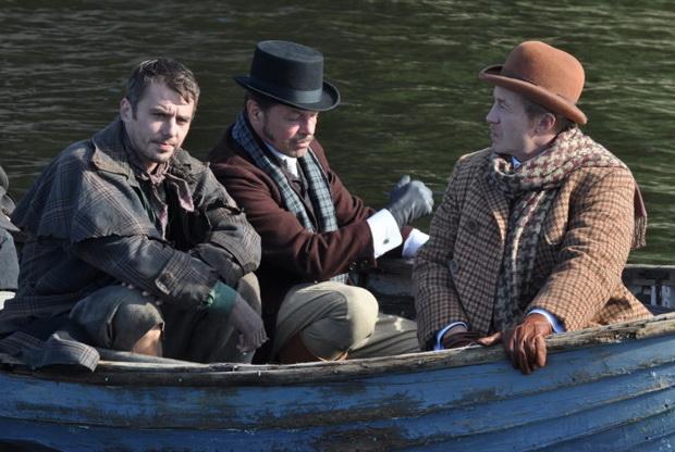 Андрей Панин в роли доктора Ватсона. Кадр из сериала «Шерлок Холмс» (2013)