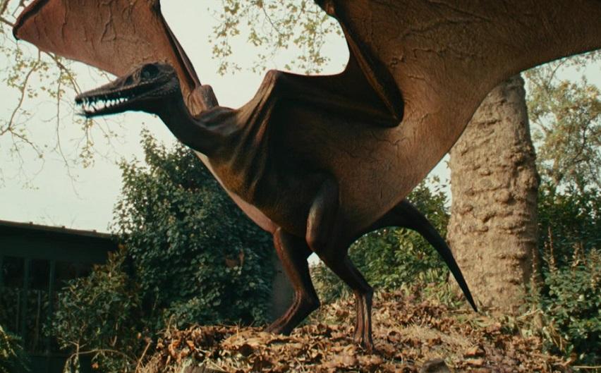 Кадр из фильма «Необычайные приключения Адель»