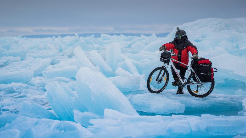 Велосипедист на льду. Фото с сайта img-fotki.yandex.ru