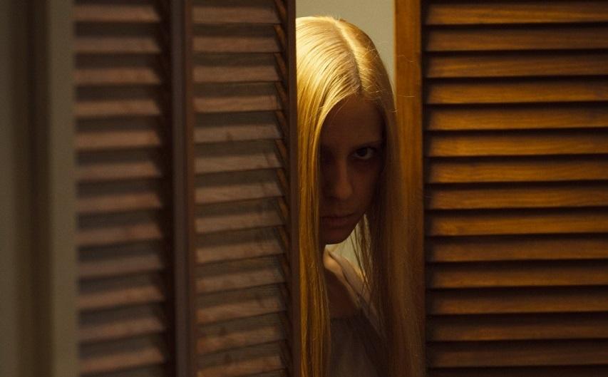Кадр из фильма «Апартаменты 1303»