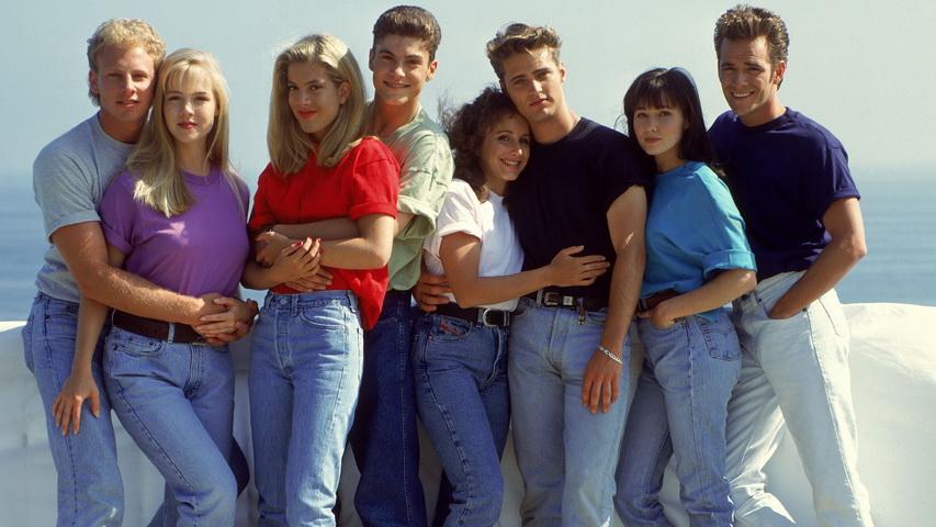 Постер к сериалу «Беверли-Хиллз 90210». Изображение с сайта peopletalk.ru