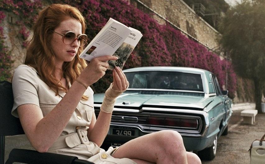 Кадр из фильма «Дама в очках и с ружьем в автомобиле»